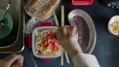 izombie pilot brain noodles 3